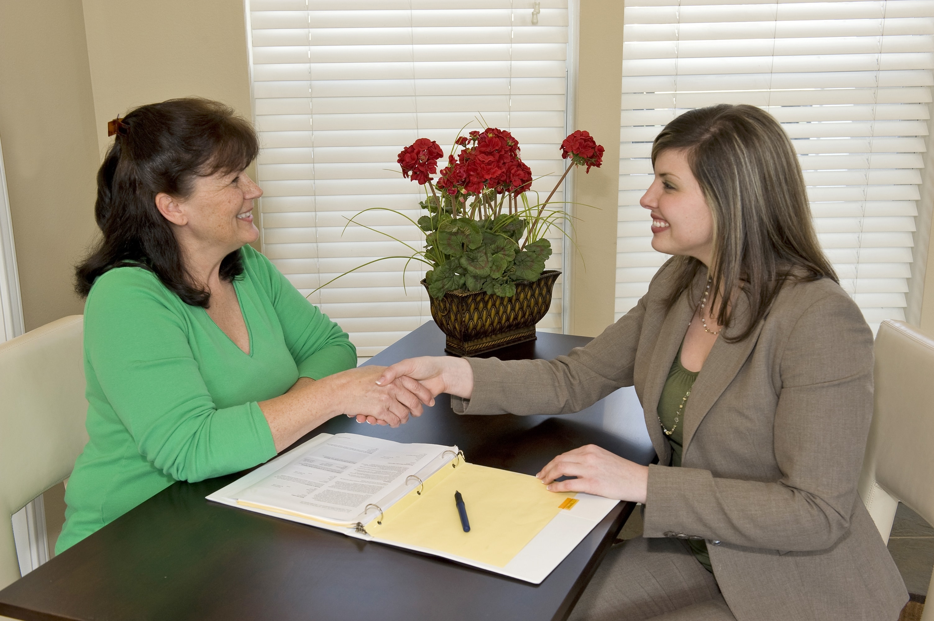 woman-consulting-woman